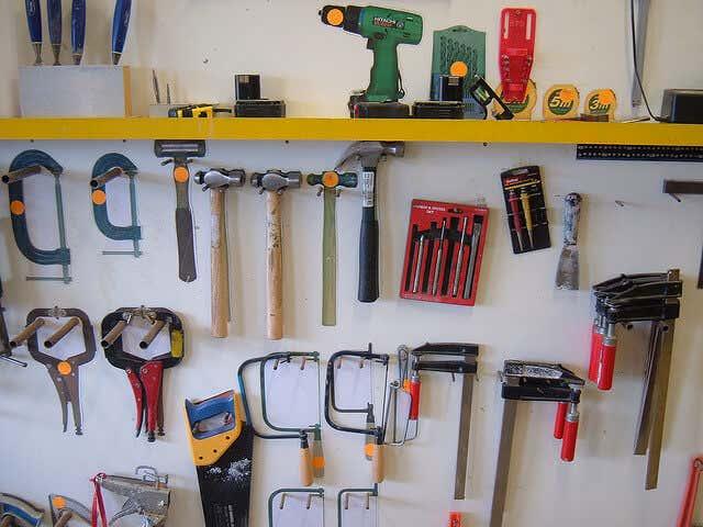 Stauraum Im Gartenhaus Schaffen Kreative Werkzeugaufbewahrung