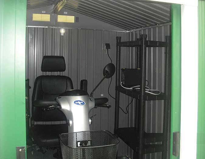Gerätehaus als Garage - Innenansicht