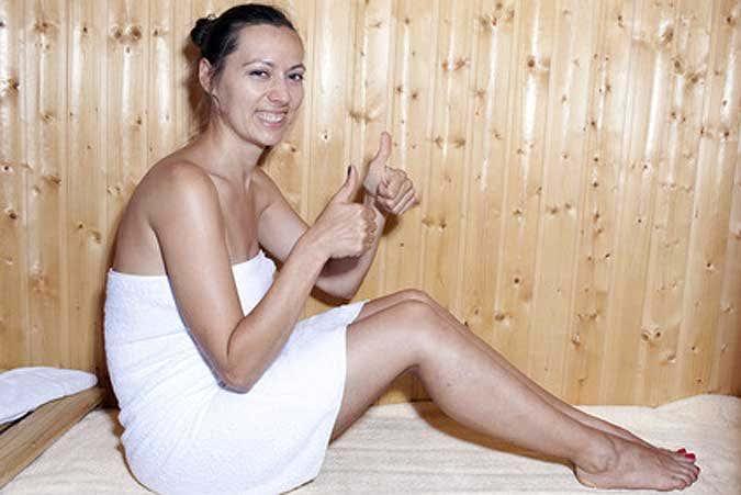 saunieren in der garten sauna. Black Bedroom Furniture Sets. Home Design Ideas
