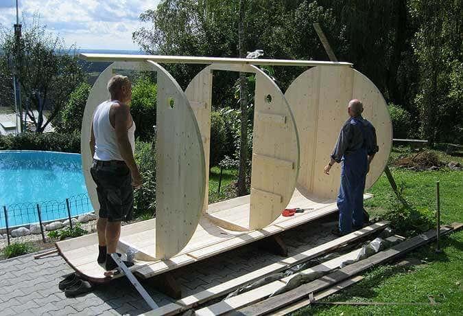 Sauna-Aufbau: 3 Wände stehen