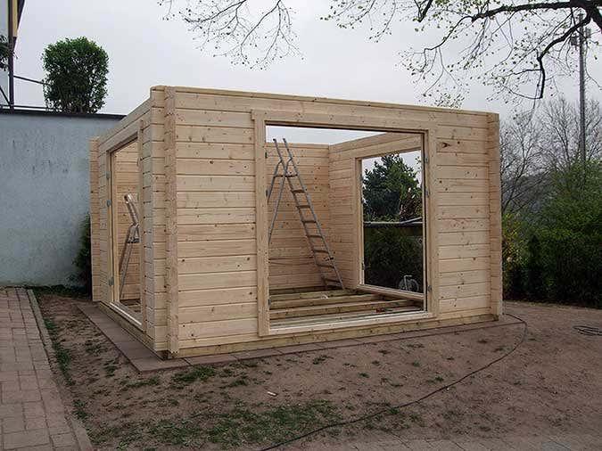ein gartenhaus wird zur kreativ werkstatt f r kinder. Black Bedroom Furniture Sets. Home Design Ideas