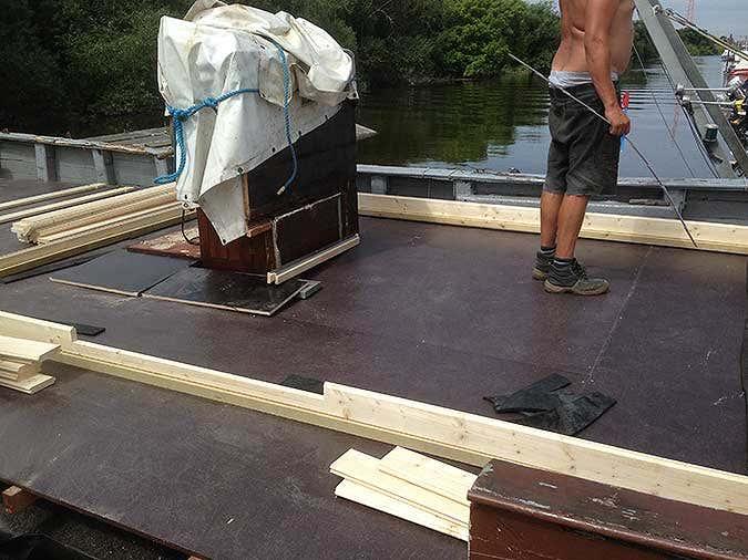 Hausboot-Gartenhausaufbau