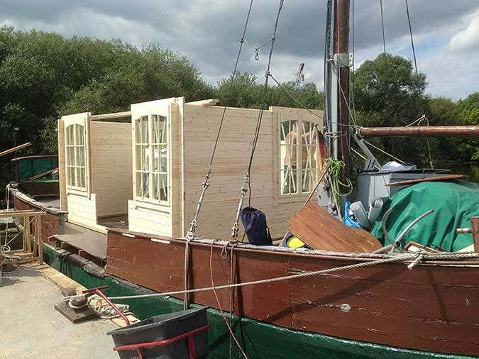 Hausboot-Gartenhausaufbau4