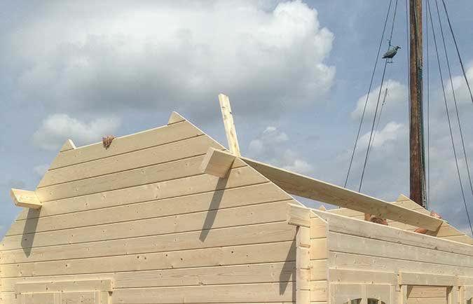 Hausboot-Gartenhausaufbau6