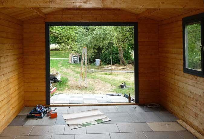 Aufbau Holzgarage Innenansich