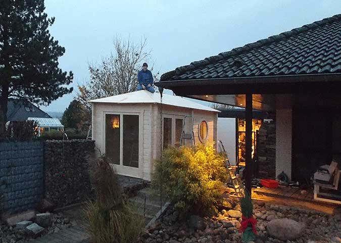 Gartensauna-aufbau: Dach
