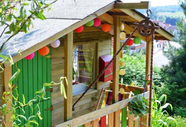 Frisch Kinderspielhaus im Garten: Tipps zur Einrichtung & Dekoration WH23