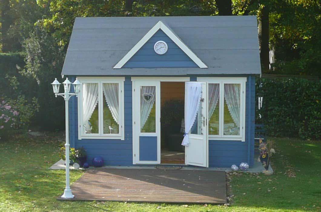 gartenhaus einrichten ideen f r ihr clockhouse. Black Bedroom Furniture Sets. Home Design Ideas