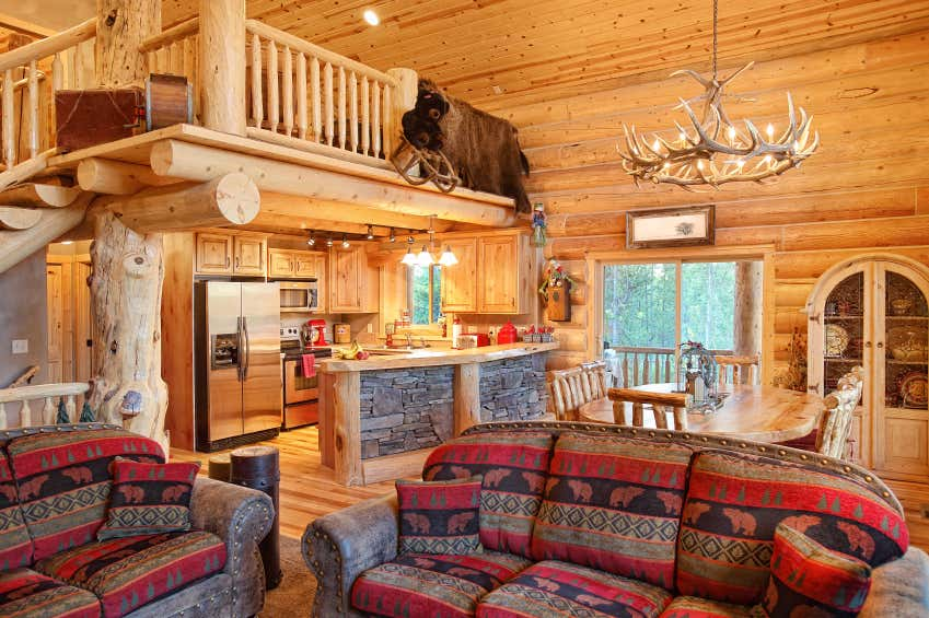 decoración interior casas rusticas:Blockhaus-Fans schätzen die behagliche Atmosphäre im Inneren.