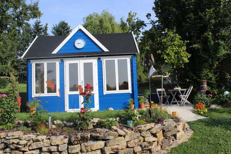 Gartenhaus schwedischer stil  Terrassengestaltung: 3 Stil-Ideen mit tollen DIY-Deko-Tipps!