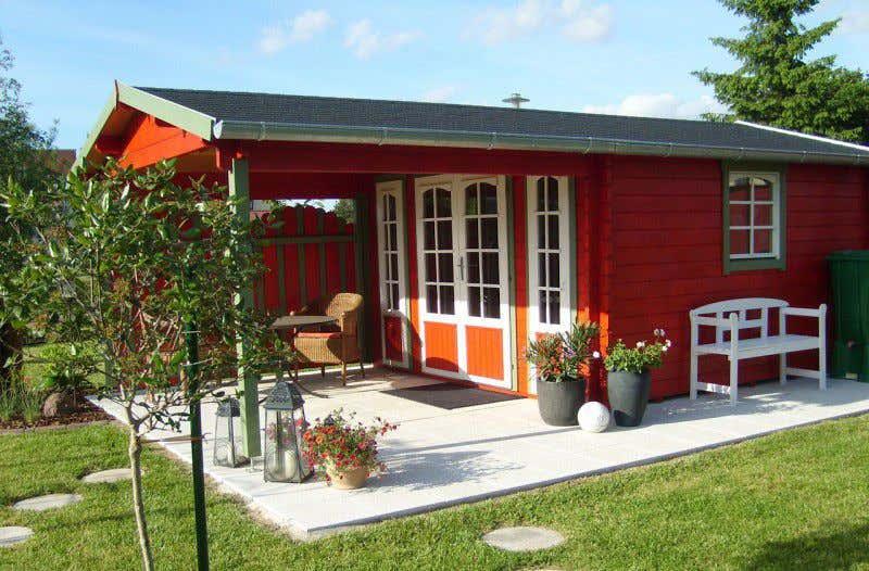 Gartenhaus schwedischer stil  Vintage-Einrichtung und Co: 3 Wohnideen für Ihr Blockhaus