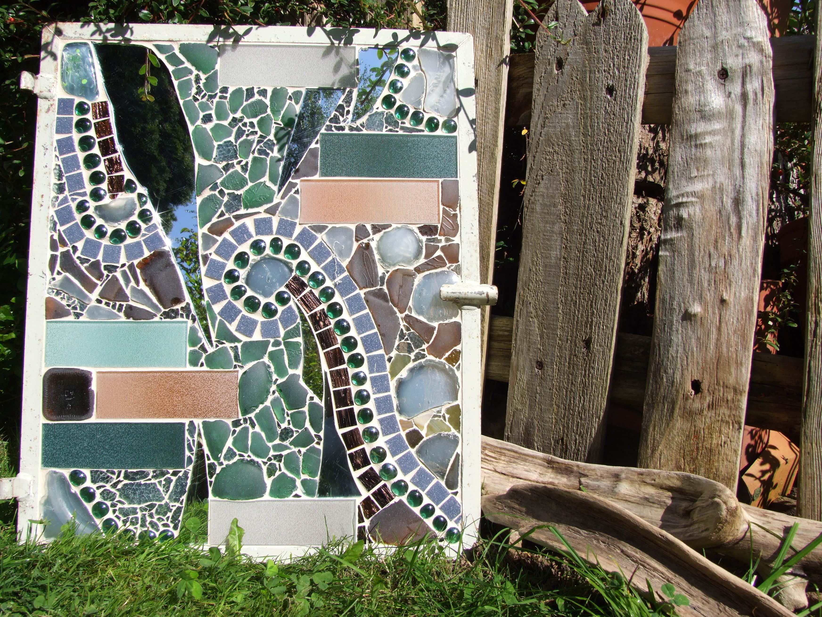 Mosaik im garten deko inspirationen und tipps - Spiegel im garten ...