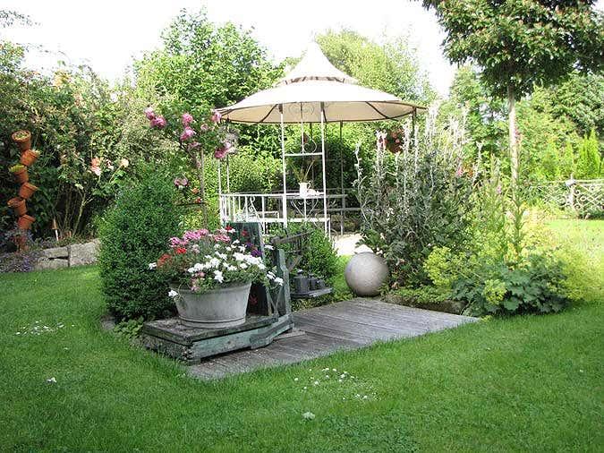 Gartenpavillon sumatra aufbau und einrichtung im for Dekoelemente garten