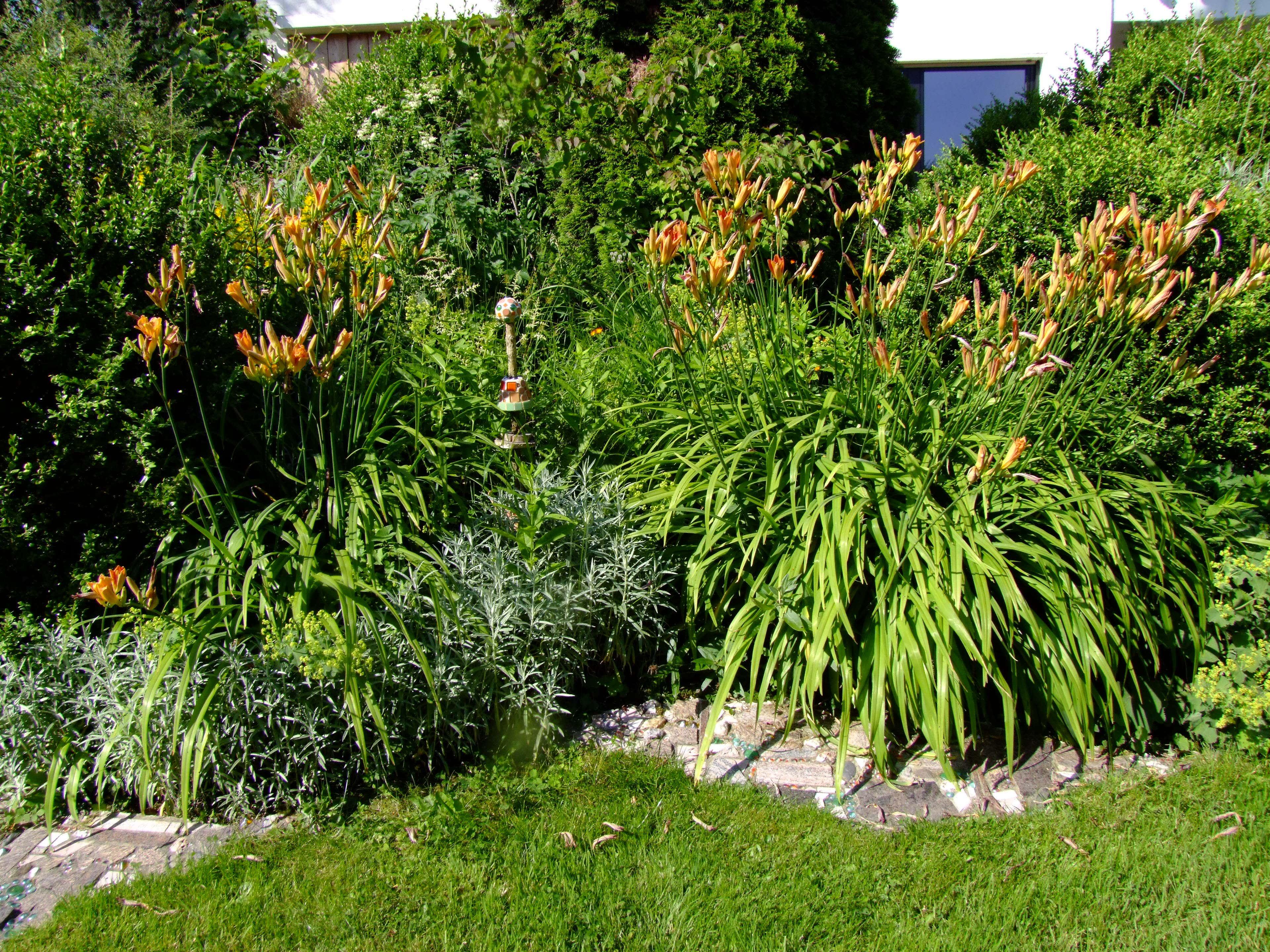 mosaik im garten: deko-inspirationen und tipps, Gartenarbeit ideen