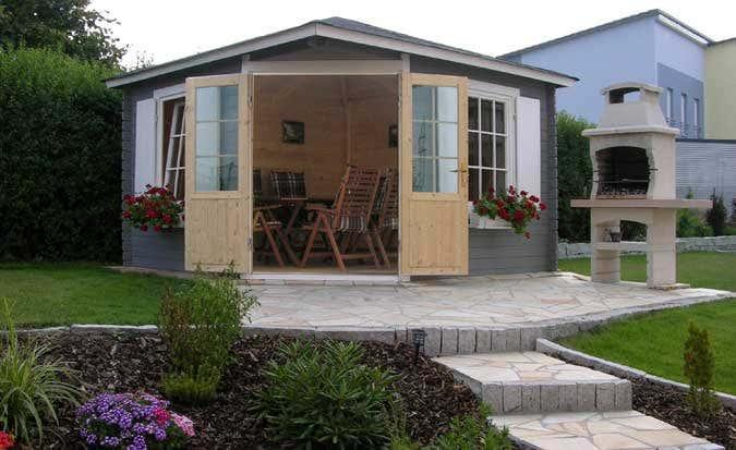 ein 5 eck gartenhaus als highlight im mediterranen garten. Black Bedroom Furniture Sets. Home Design Ideas