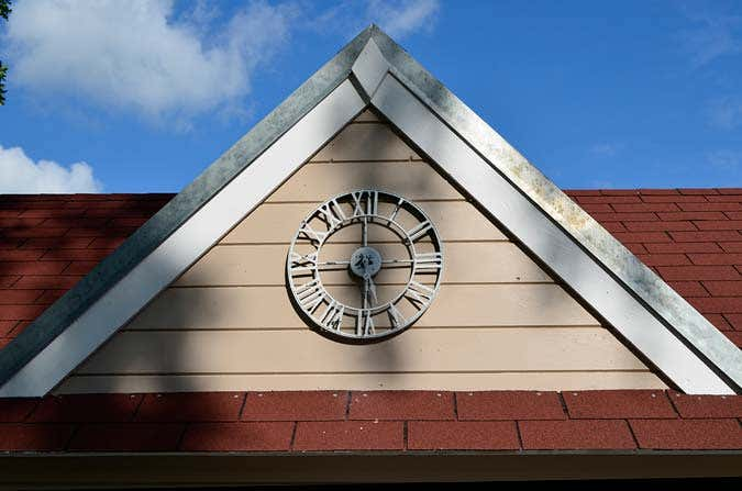 clockhouse-ziergiebel
