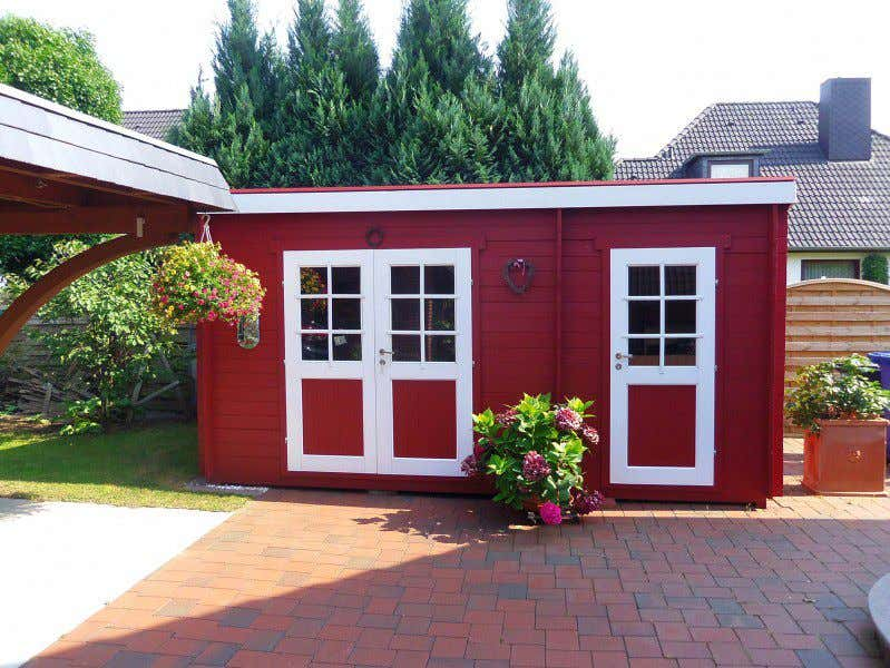 Schwedenhaus gartenhaus  Schwedenrot & stilvoll: Die schönsten Schwedenhaus-Gartenhäuser