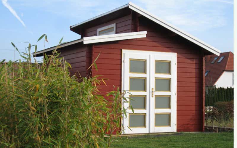 Skandinavisches gartenhaus  Schwedenrot & stilvoll: Die schönsten Schwedenhaus-Gartenhäuser