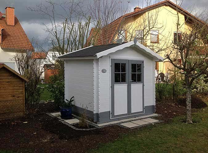 geraetehaus-fertig-aufgebaut