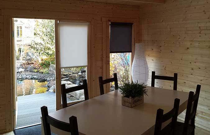 gartenhaus mit stufendach aufbau und einrichtung in bildern. Black Bedroom Furniture Sets. Home Design Ideas