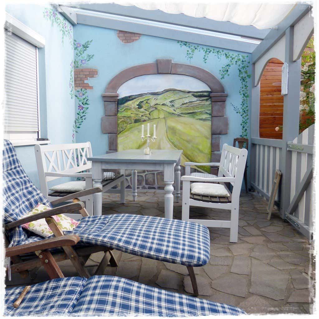 Terrasse gestalten die shabby chic terrasse als veranda - Aussenwand gestalten ...