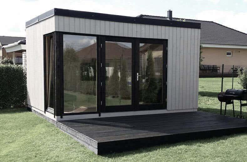was ist ein design gartenhaus moderne garteninspirationen. Black Bedroom Furniture Sets. Home Design Ideas