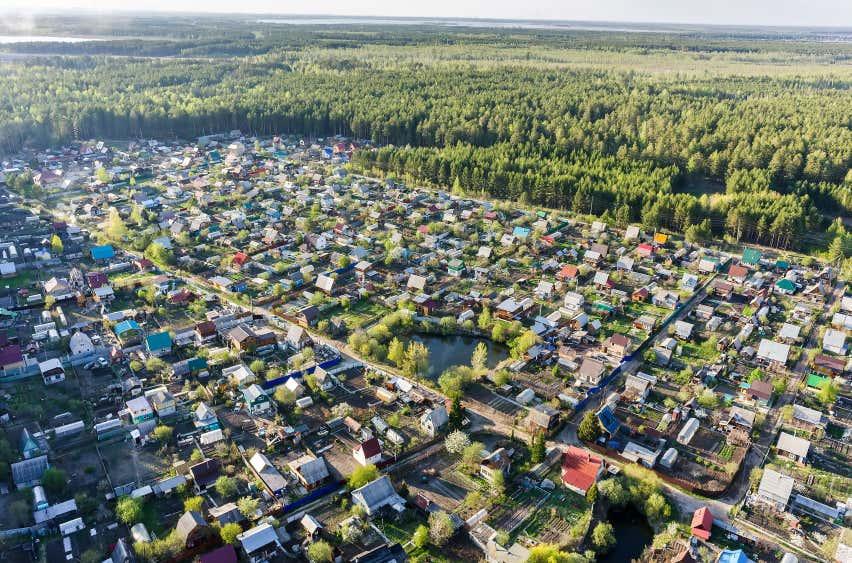 russische Datschensiedlung in der Tyumen Region