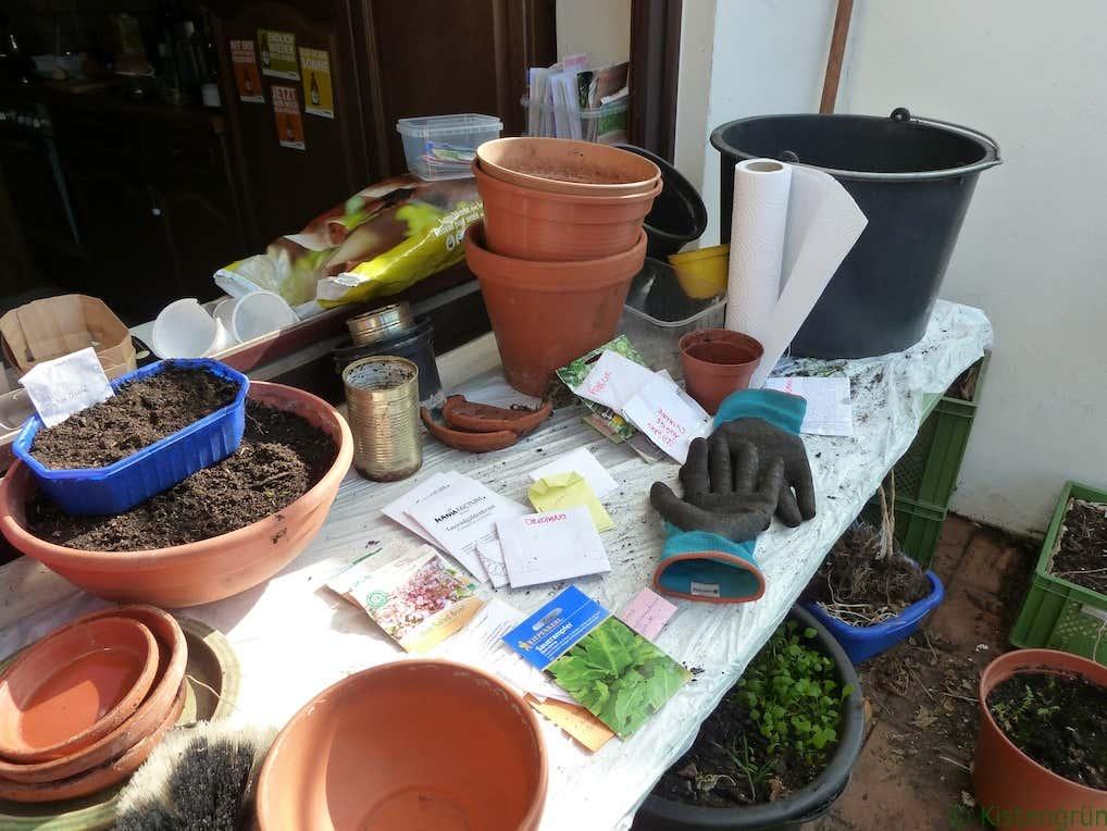 Pflanzentisch zum Gärtnern