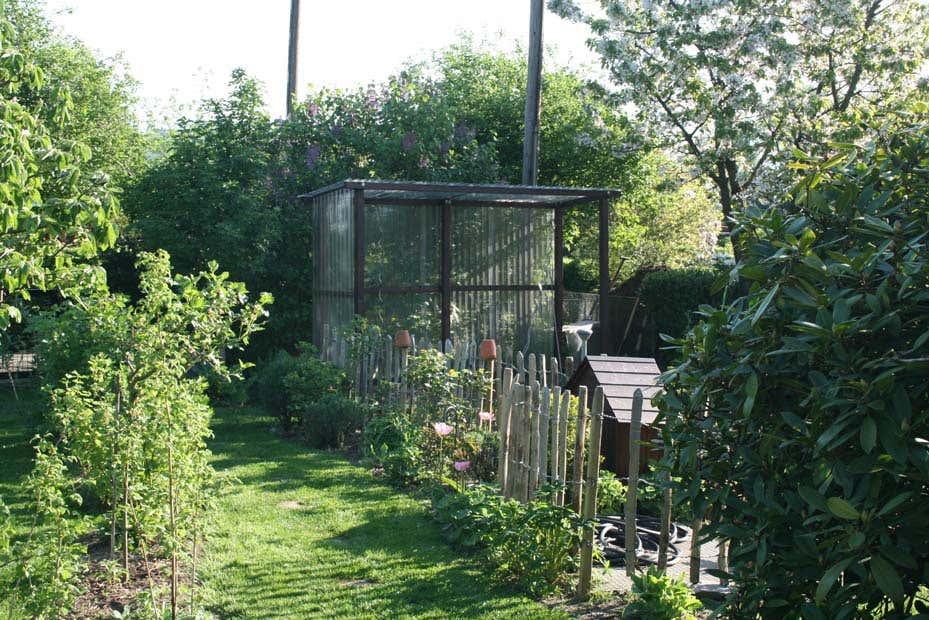 tomatenhaus selbstgebaut so sch tze ich meine tomaten. Black Bedroom Furniture Sets. Home Design Ideas