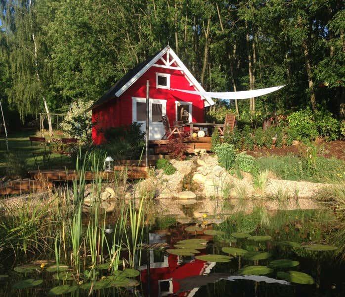 ein skandinavisches gartenhaus in ihrem garten 3 dekoideen. Black Bedroom Furniture Sets. Home Design Ideas