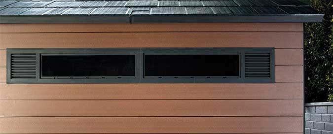 ein gartenhaus aus wpc ohne streichen sch n wie holz. Black Bedroom Furniture Sets. Home Design Ideas
