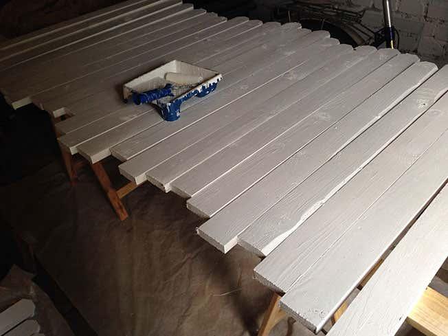 holzzaun selber bauen tipps zu aufbau streichen und pflege. Black Bedroom Furniture Sets. Home Design Ideas