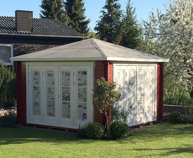 ein gartenhaus mit weitem ausblick sunshine 40 wird aufgebaut. Black Bedroom Furniture Sets. Home Design Ideas