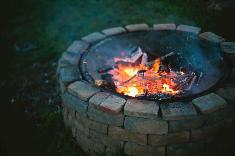 Feuerschale oder Feuerkorb: Was ist besser?