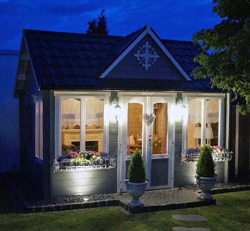 Clockhouse-44 Royal ISO bei Nacht