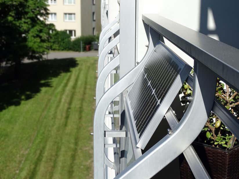 Solarzelle Geländer Balkon