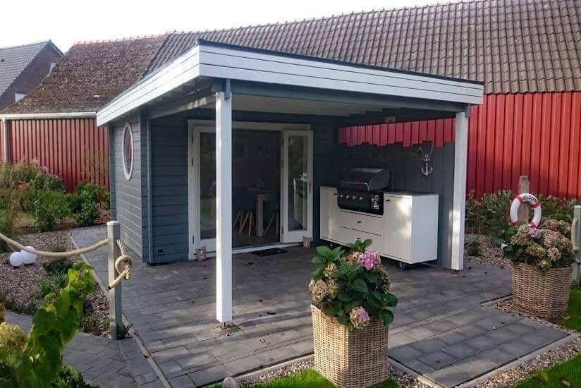 Gartenhaus mit Terrasse: Größen und Stile für Ihren Garten