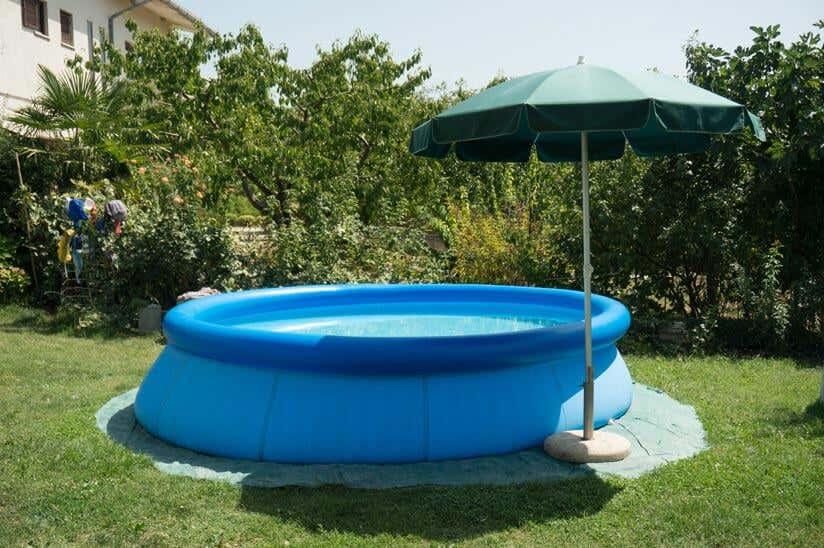 Swimmingpool im Garten: Alles, was Sie zu Gartenpools wissen ...