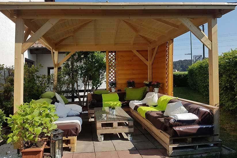 Den Gartenpavillon selbst bauen: So geht\'s