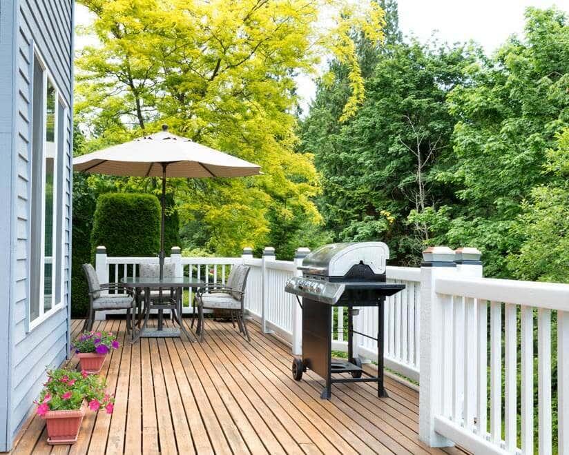 Top Terrassendielen Holz oder WPC: Das richtige Material für Ihre Terrasse MY63