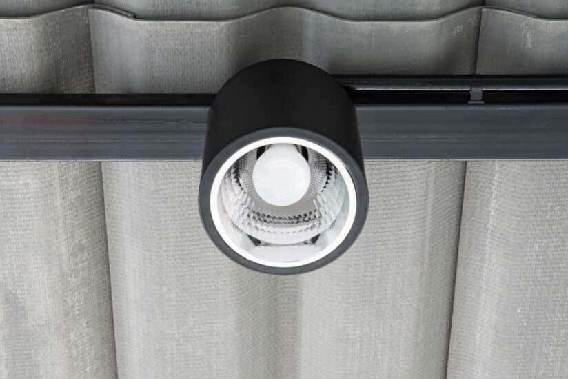 carport-beleuchtung-gluehbirne