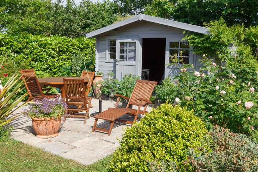Gartenmobel Material Rattan Holz Oder Metall