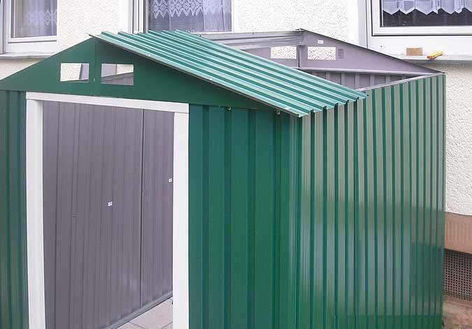 Gerätehaus Metall grün